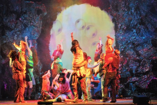 performance_theater_dance_people_young_stage_hair_comedy-739738
